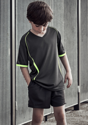 st711k_worn.jpg_circuit_shorts_kids.jpg